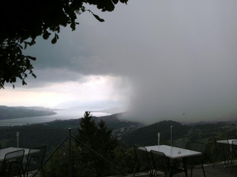 Wolkenbruch am Zürichsee