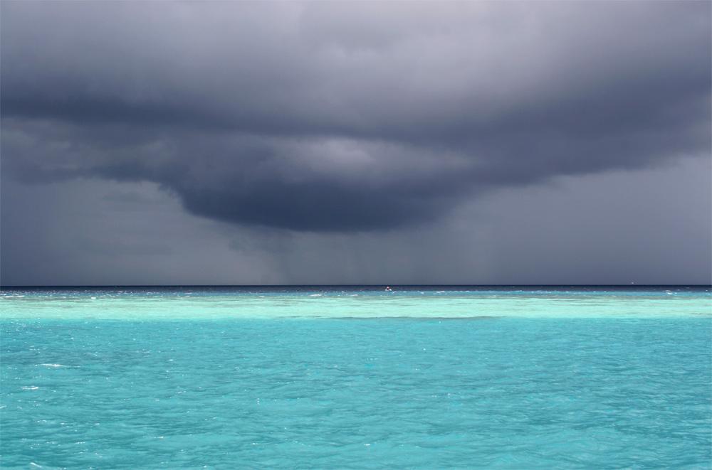 Wolkenbruch auf den Malediven