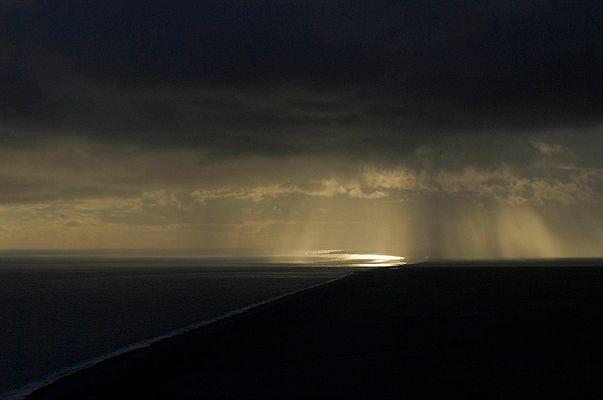 Wolkenbruch und Sonnenuntergang