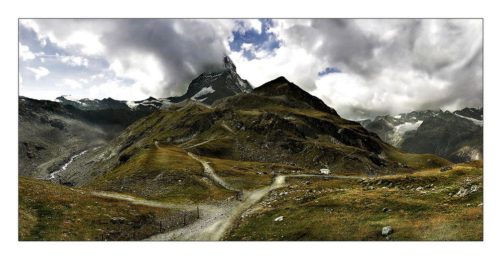 Wolkenflirt am Matterhorn
