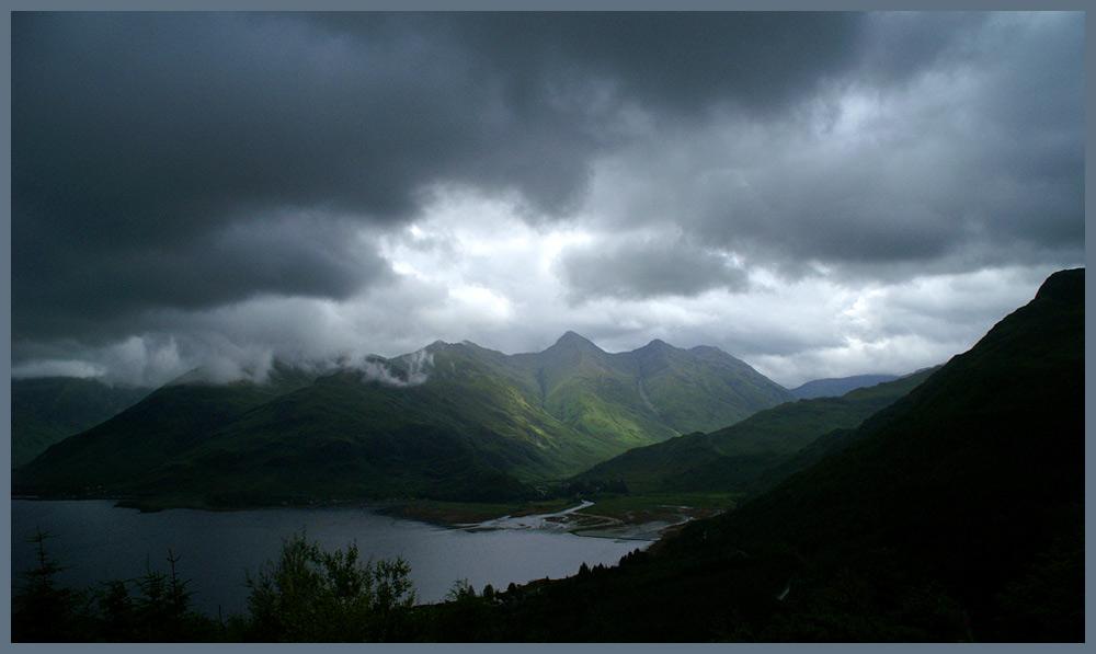 Wolkenlücke auf der Isle of Skye / Schottland...