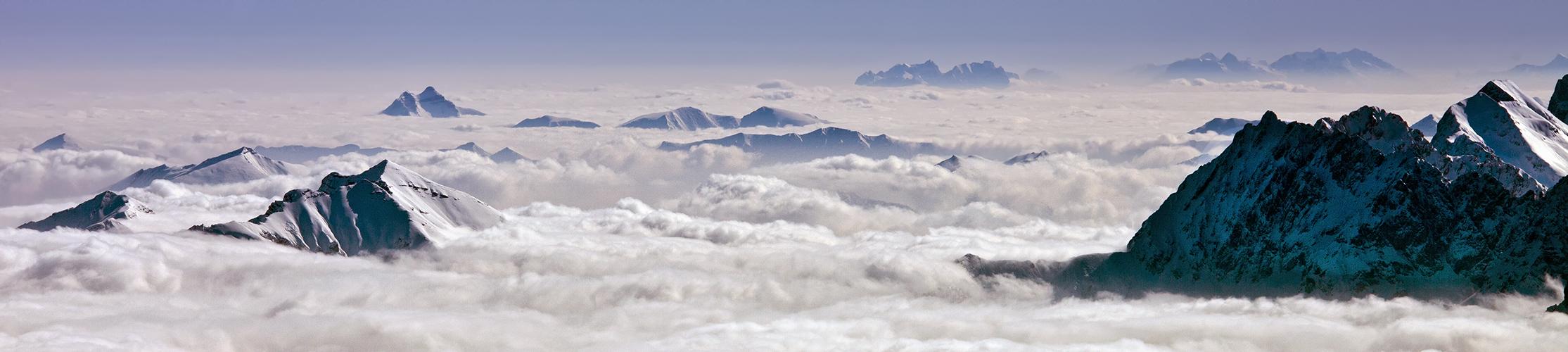 Wolkenmeer mit Aussicht