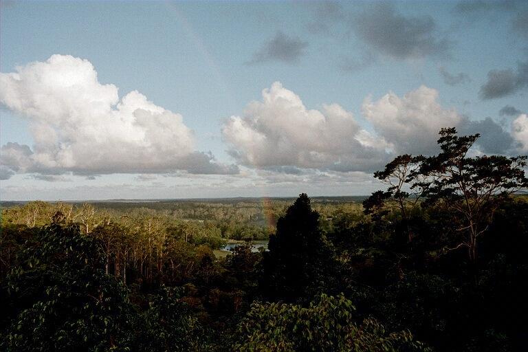 Wolkenmeer und Regenbogen von meinem Lieblingsstuhlauf der Veranda