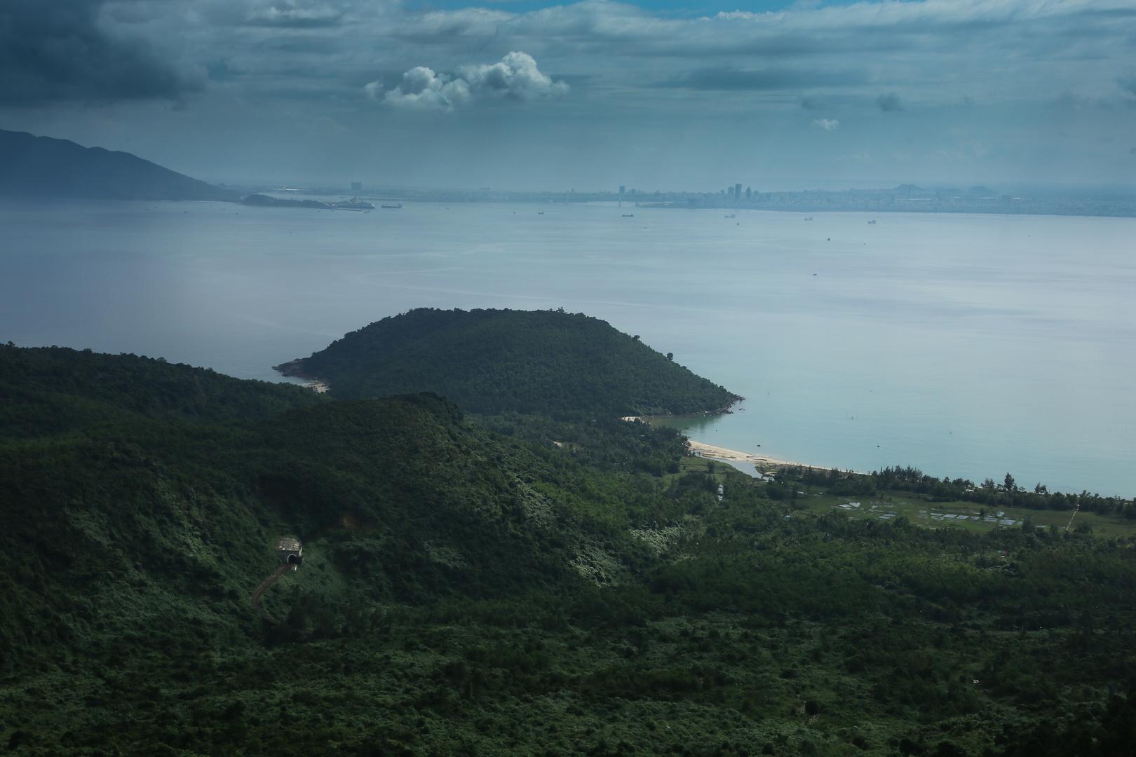 Wolkenpass Blick auf Danang