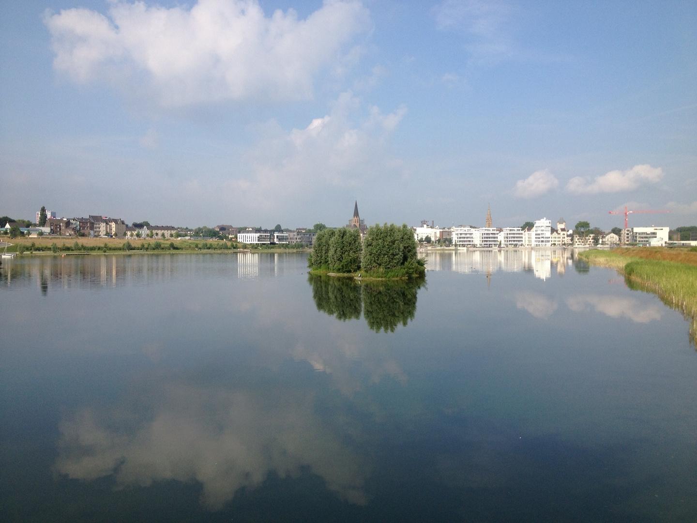 Wolkenspiegelung im Phönixsee