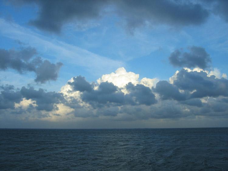 Wolkenspiel am Nordseehimmel