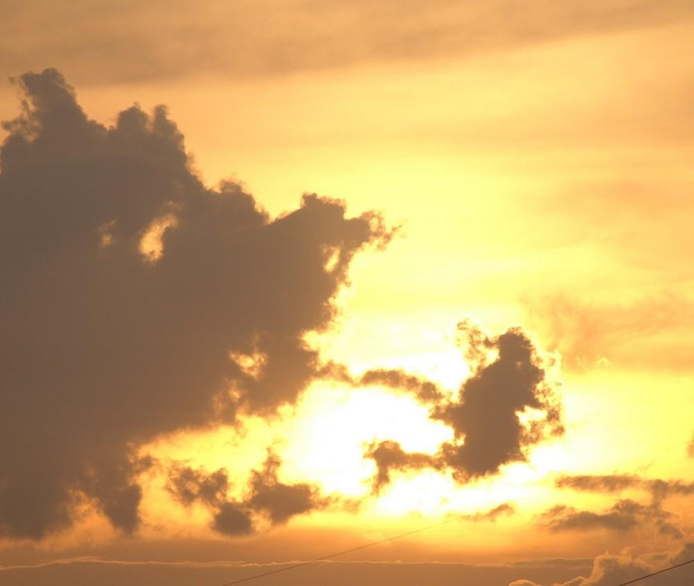 Wolkenspiel in Gremberg
