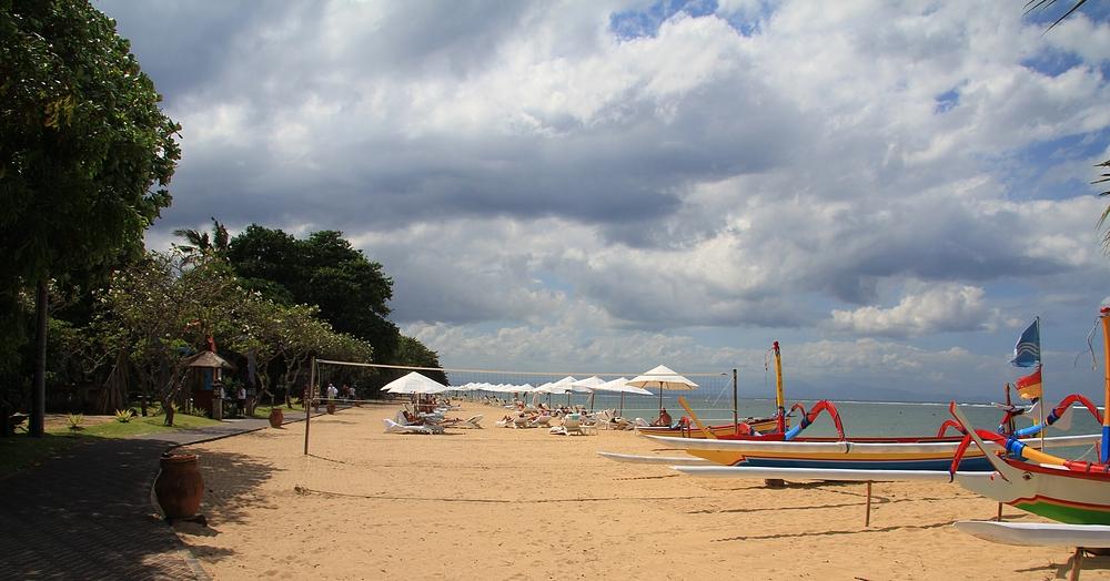 Wolkenstimmung am Strand von Sanur