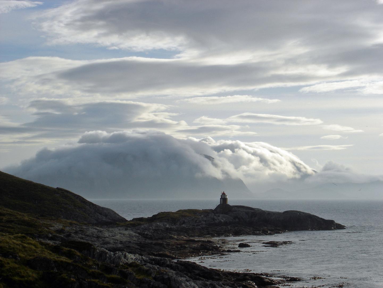 Wolkenverhangenes Norwegen