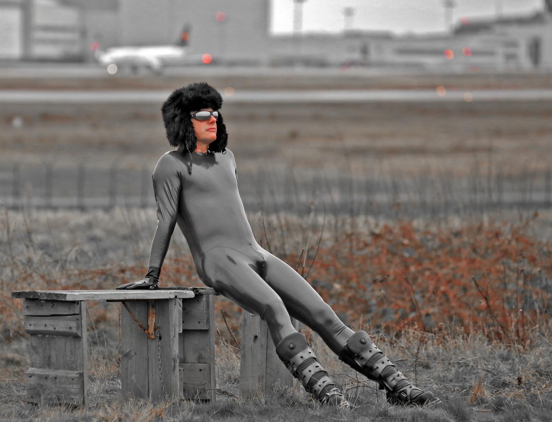 Wolodja aus Krasnojarsk hat den Anschlußflug verpasst.
