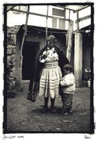 woman and child,lake titicaca,peru