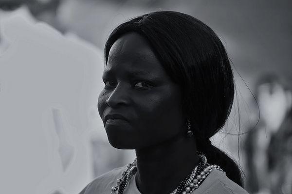WOMAN OF GUINEA - BISSAU (IV)