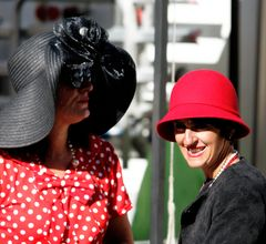 Women with hat