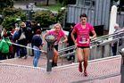 women's run 1: tina vor nora...