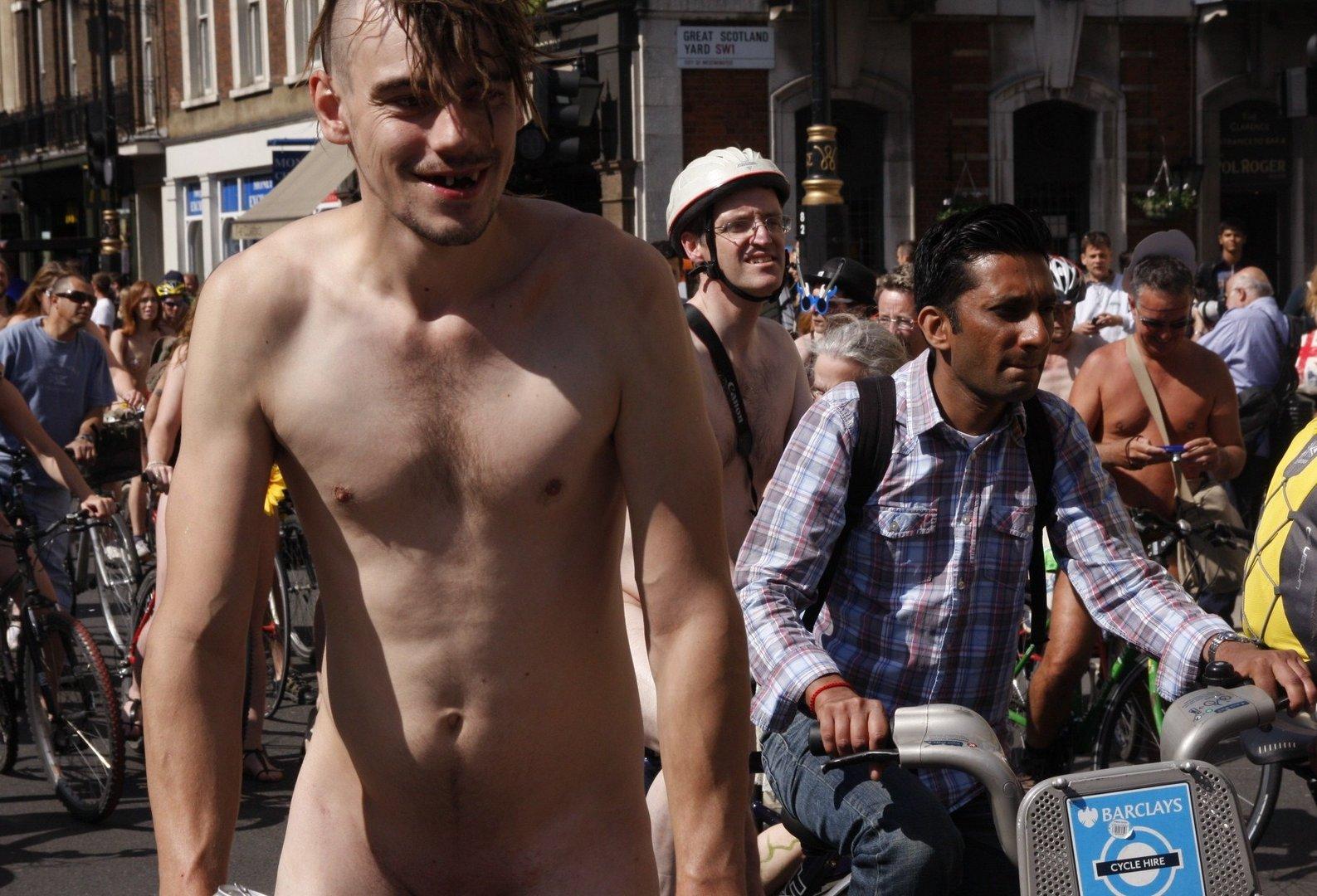 world naked bike ride 2013 london