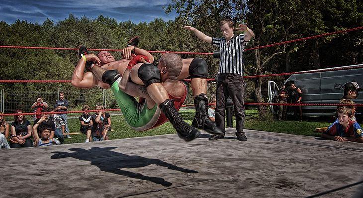 Wrestling - I