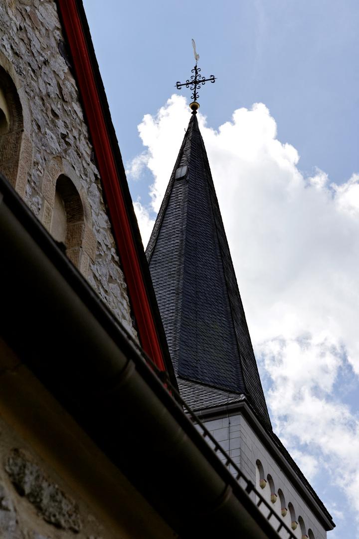 Wülfrath Düssel Kirche St. Maximin