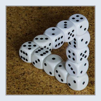 Würfelspiel mit M. C. Escher