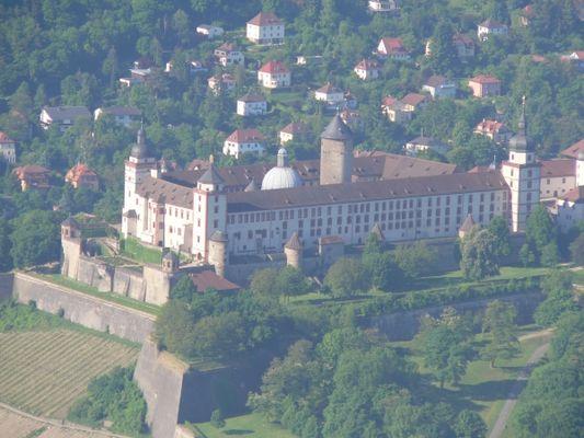Würzburg aus der Luft, II