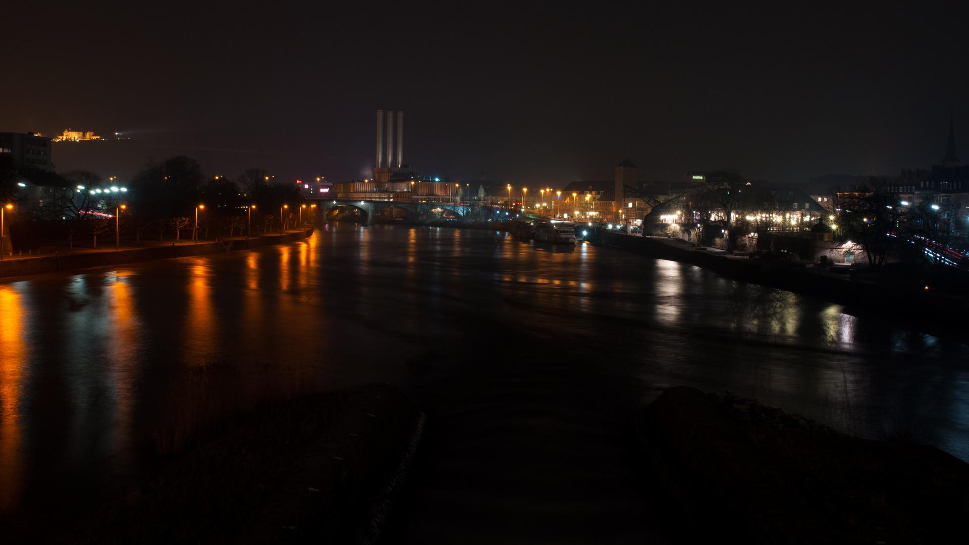 ...Würzburg bei Nacht...