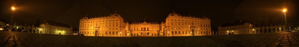 Würzburger Residenz bei Nacht