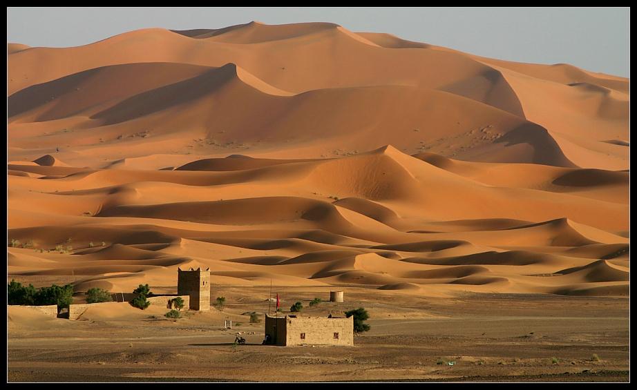 Wüstenschloss im Erg Chebbi, Merzouga, Marokko