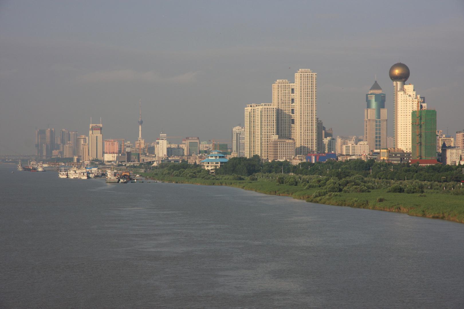 Wuhan- Blick über den Yangtse