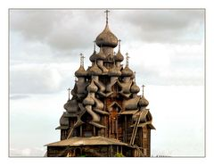 Wunderwerk russischer Holzbaukunst