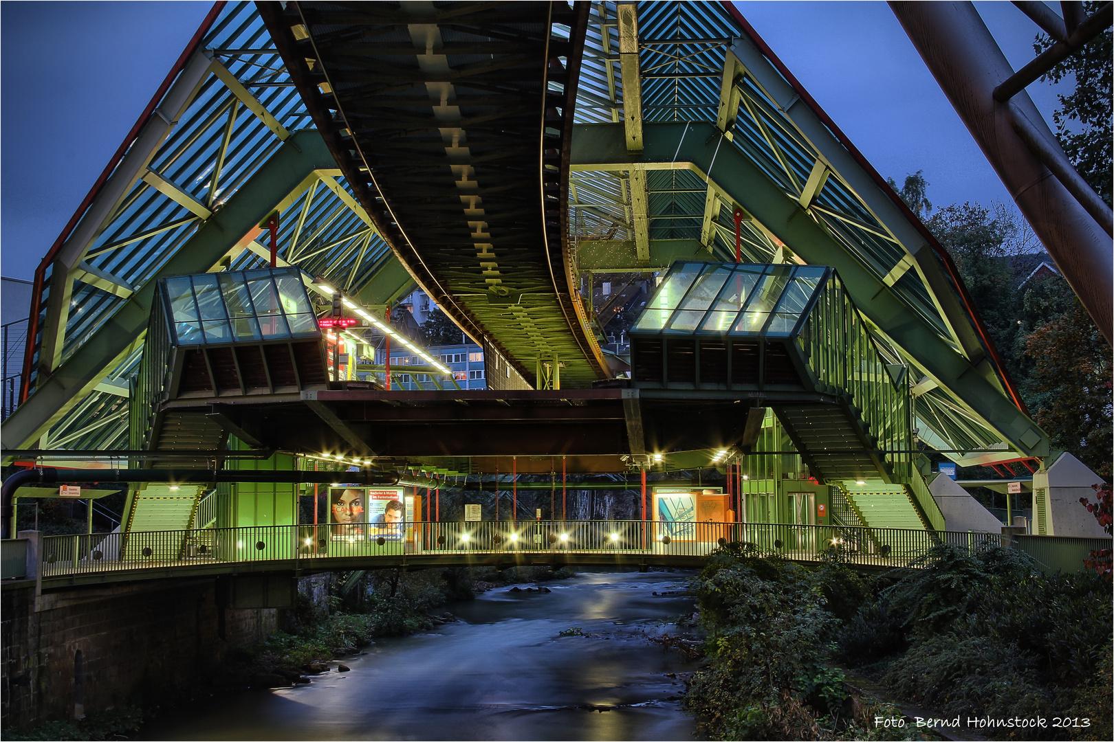 Wuppertal Schwebebahn .... Kluse