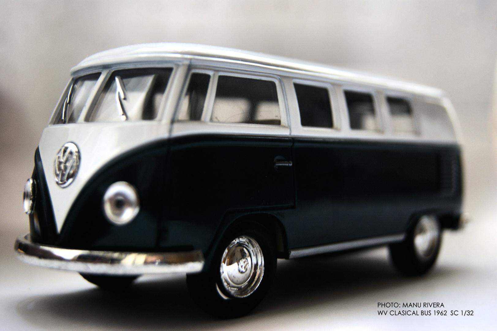 WV CLASSICAL BUS 1962 SCALA 1/32