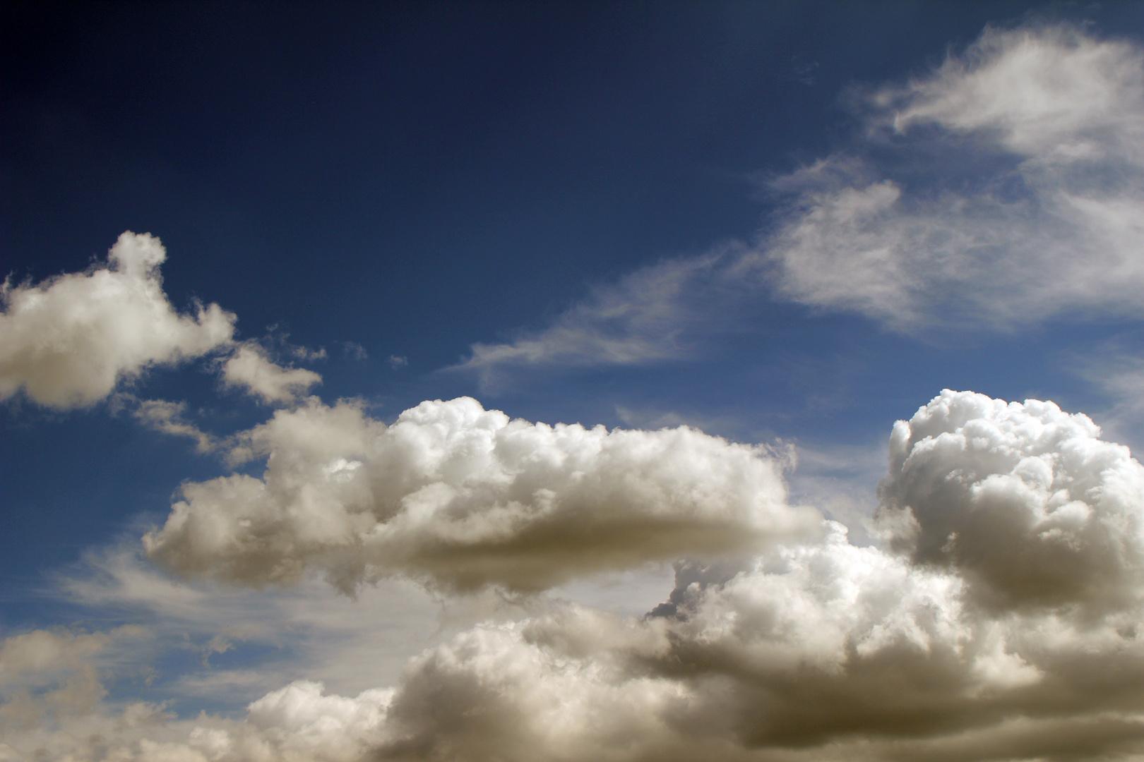 X-tes Wolkenmotiv
