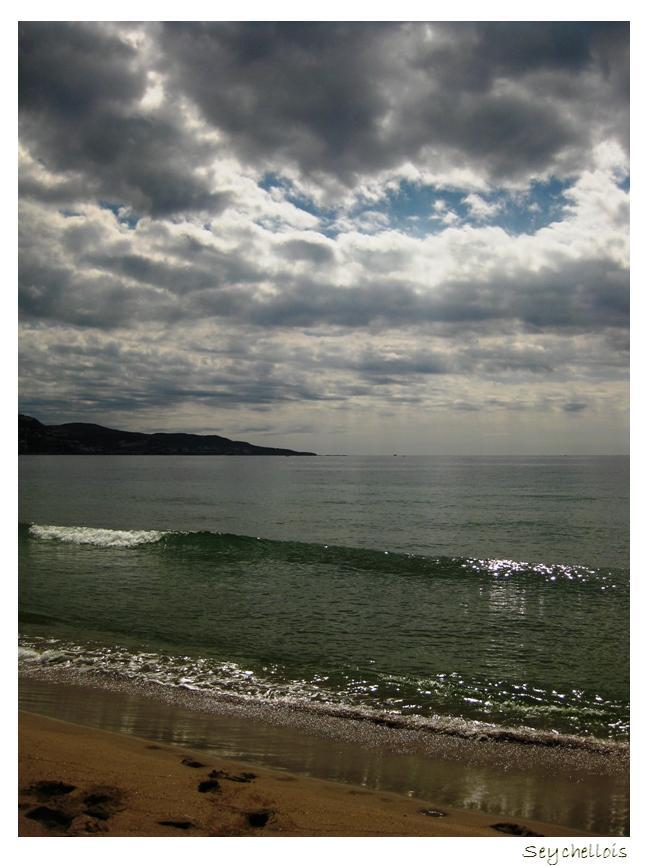 Y el mar... ¿No era azul también?
