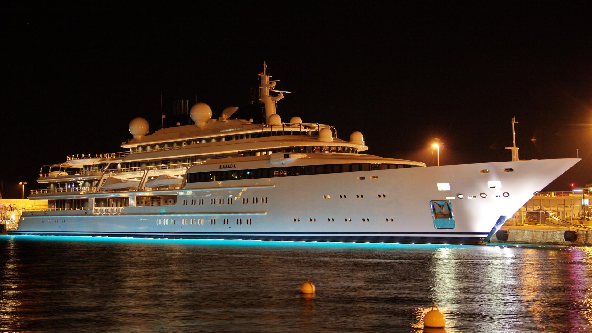 """yacht le """" KATARA """""""