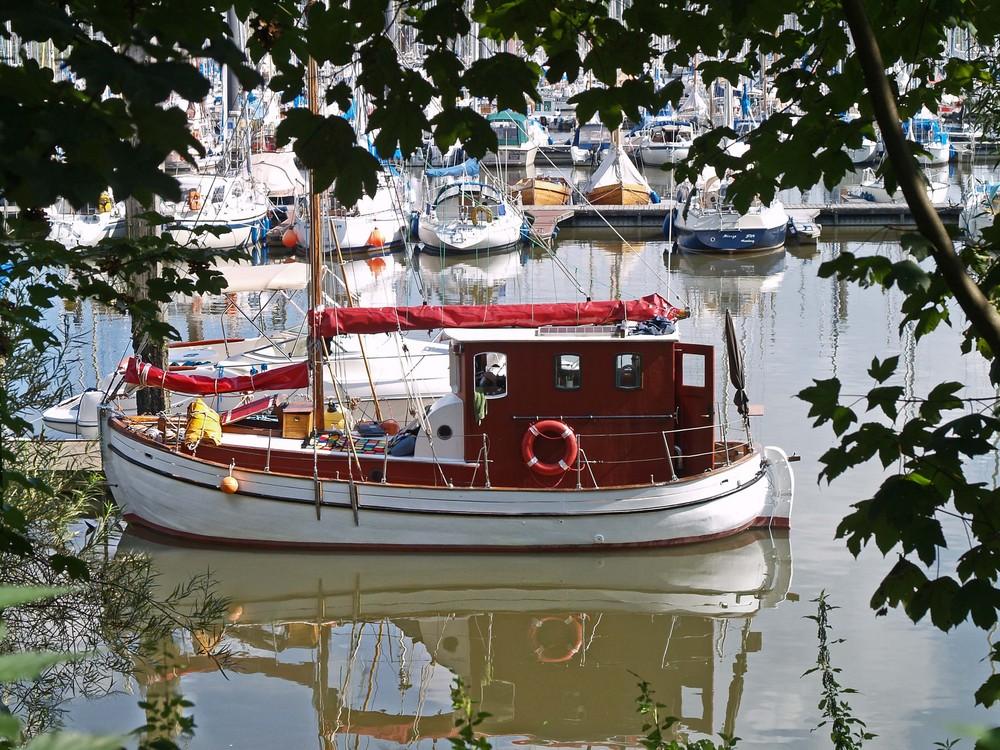 Yachthafen Wedel SH
