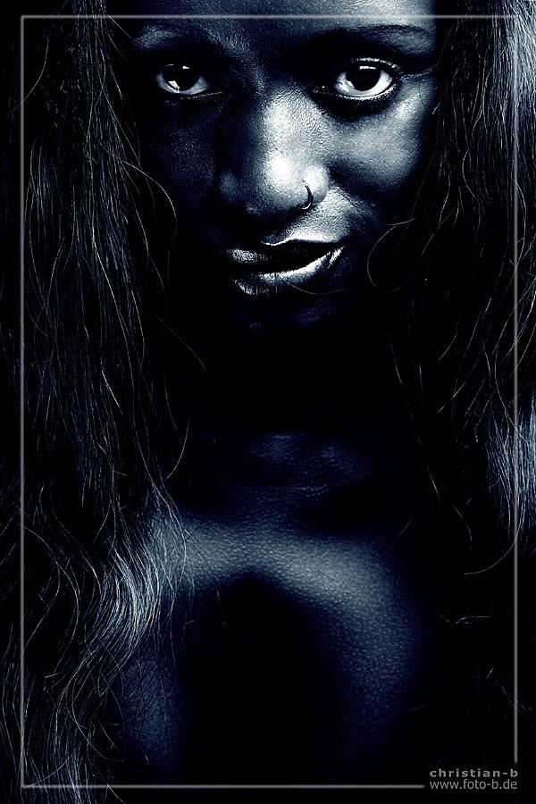 Yama in black ;-)