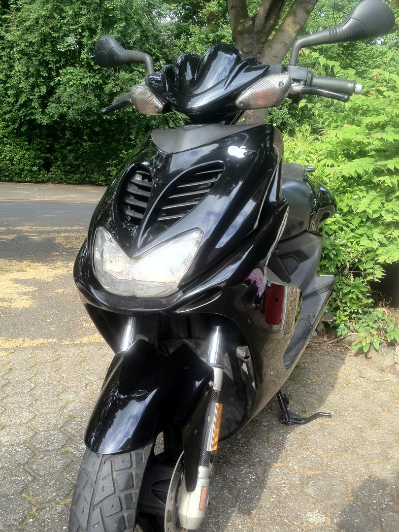"Yamaha Aerox ""Black Edition"""