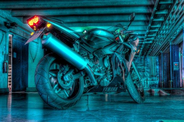 Yamaha R6 HDRI