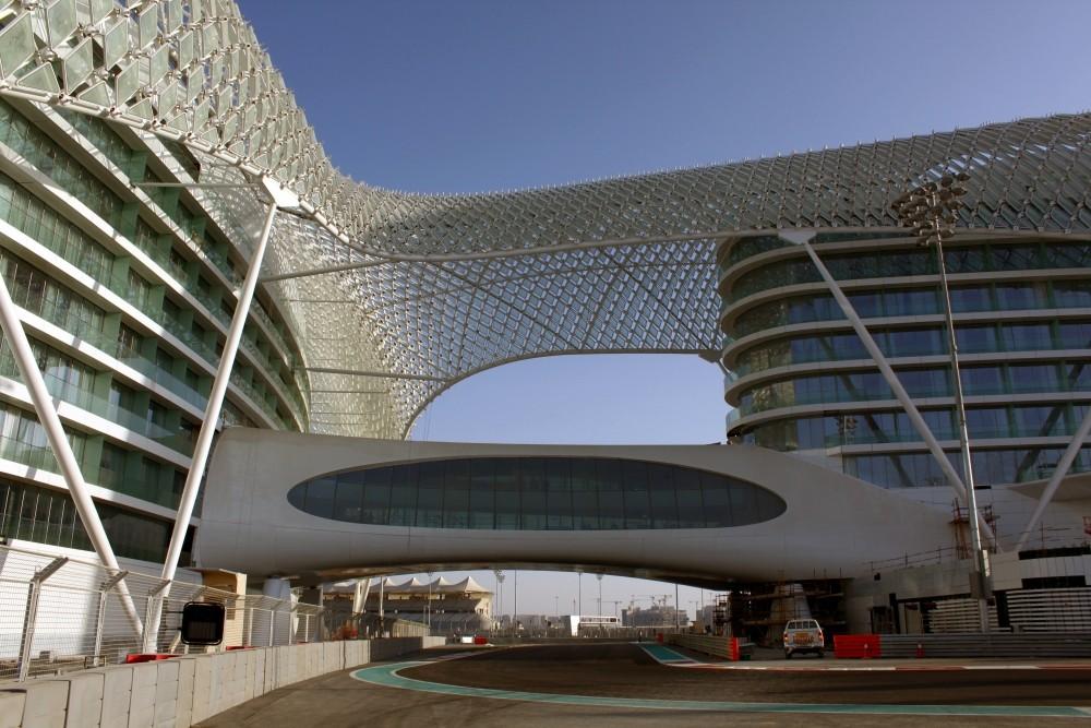 Yas Marina Circuit - Abu Dhabi (3)