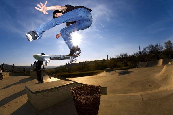 Yeeehhaaaaa!!!! Skateboarding