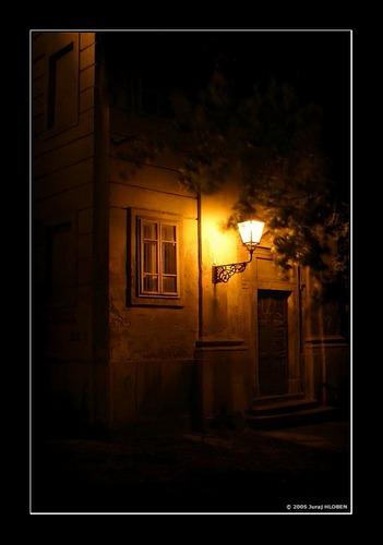 ... yellow light ....