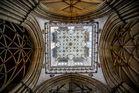 York-Minster (GB): Blick nach oben im Mittelschiff