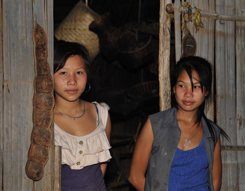 Young Khamu ladies 1