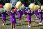 Young schoolgirls make cheerleeders