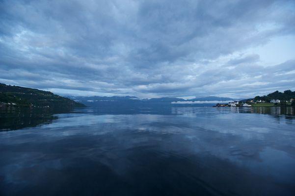 Øystese, Hardangerfjorden.