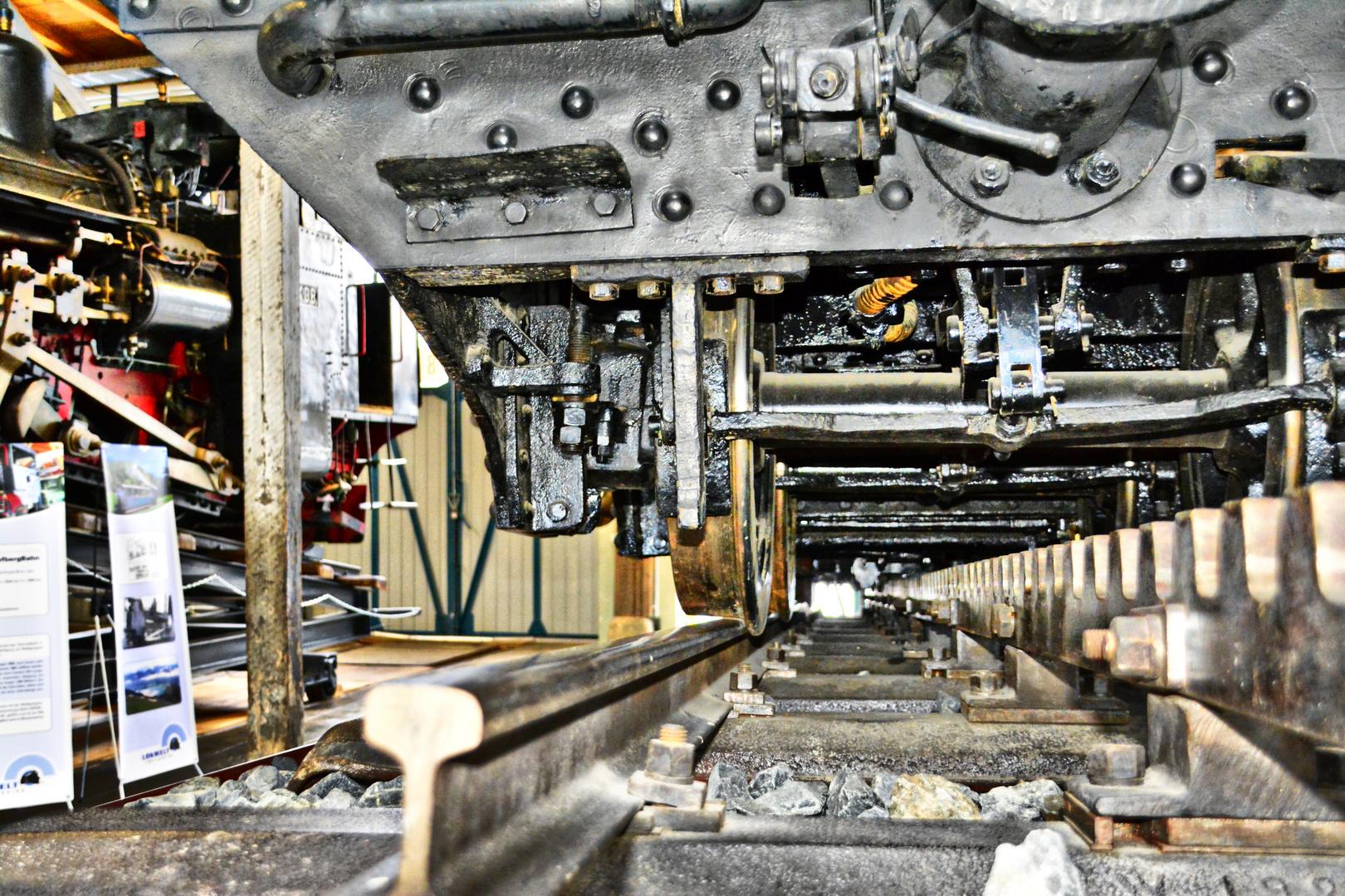 Zahnrad Dampflok III C 719