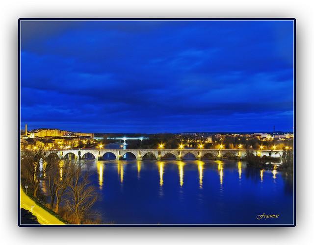 Zamora azul.....Duero. Puente de Piedra.