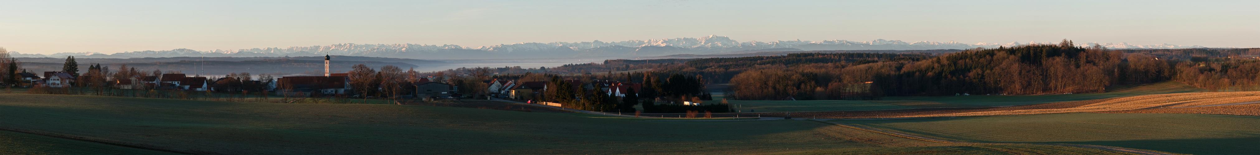 Zankenhausen mit Ammersee und Alpenblick