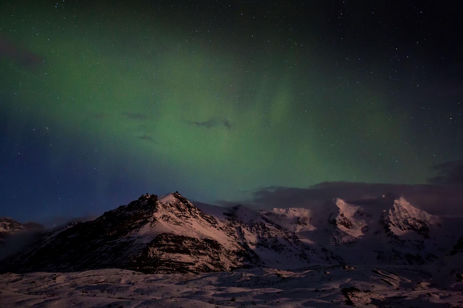 Zarter Nordlichtschleier
