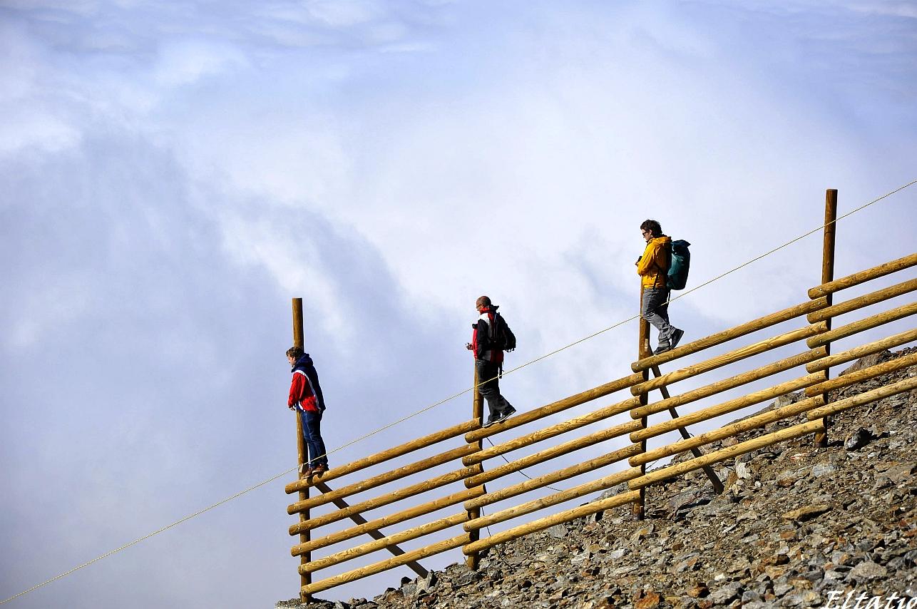 Zaungäste beim Megavalanche in Alpe de Huez