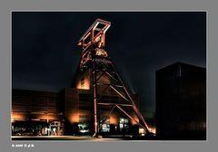 * Zeche Zollverein *